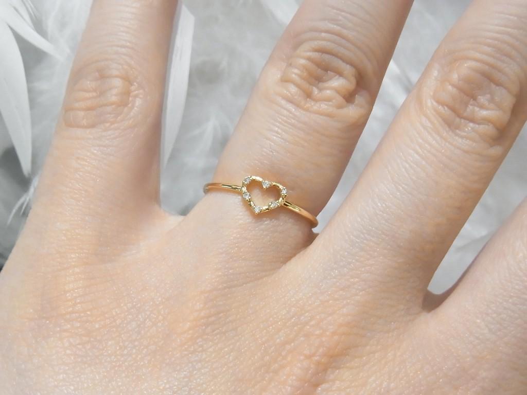 女性が貰って嬉しいクリスマスプレゼント No.1は指輪☆早くご準備を!