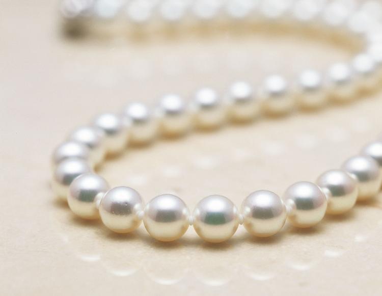 成人祝いにおすすめ☆パールネックレス 純国産の無調色真珠「WAKANA」