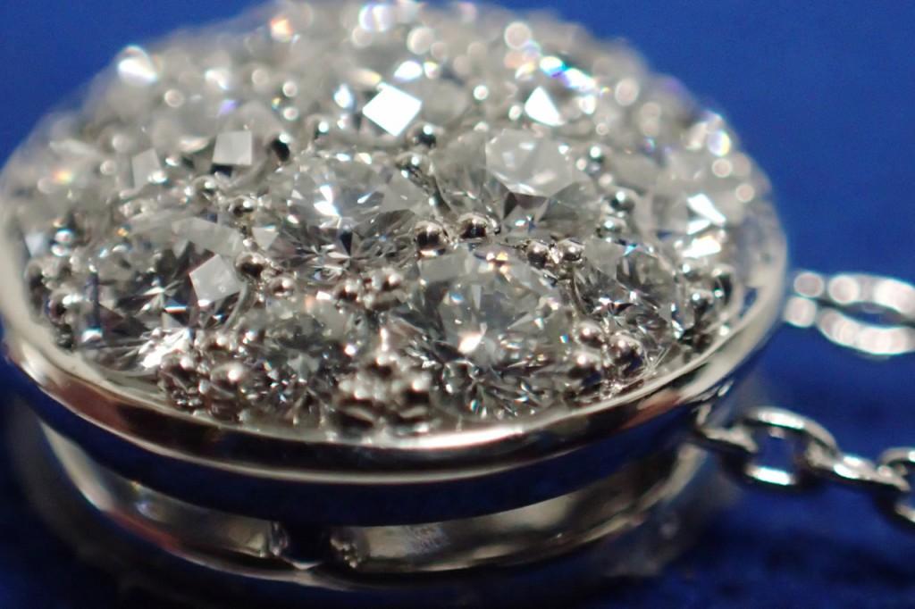 CHARのパヴェダイヤモンドネックレスが入荷しました♪