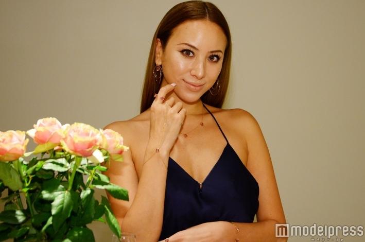道端アンジェリカさんがGOLD&Rosesデザイナーとしてデビューします☆