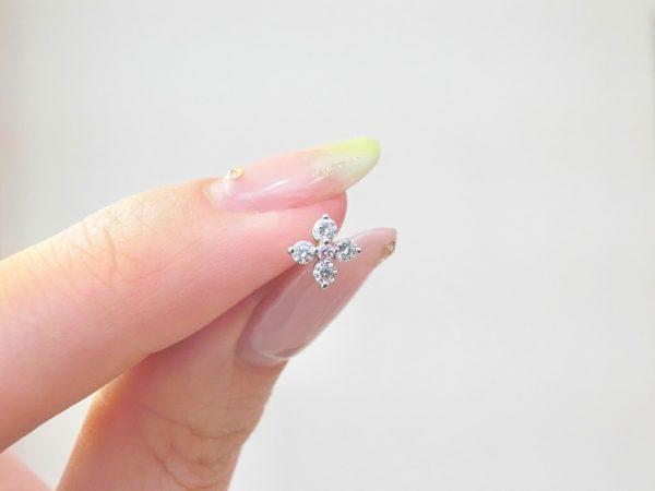 ピンクダイヤがとってもかわいい♡毎日着けたいダイヤモンドピアス♪ ファッションジュエリー