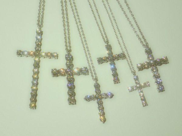 虹色の光を放つ『CHAR』のダイヤモンドジュエリー☆ ファッションジュエリー