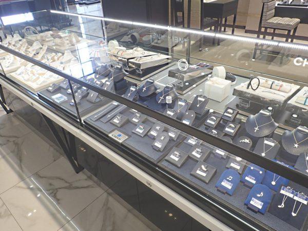 和歌山本店、昨日より リニューアルオープンしております! ファッションジュエリー