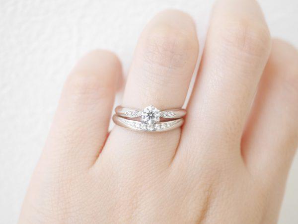 CafeRing/薬指で美しく咲き続けるサツキバイ 結婚指輪 - マリッジリング 婚約指輪&結婚指輪 - セットリング イベント・フェアー