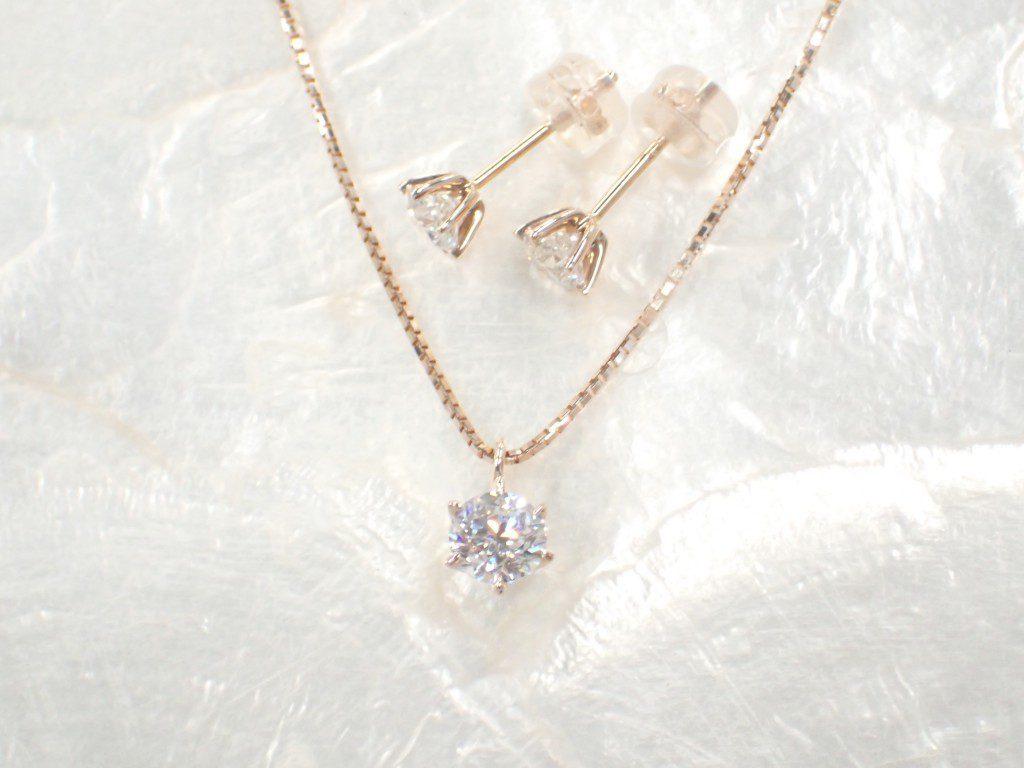 一粒ダイヤモンドのピンクゴールドジュエリーが久々に入荷しました♪