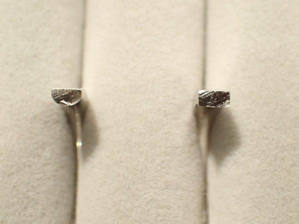 パイロットブライダルの一度着けたら忘れられないつけ心地! 結婚指輪 - マリッジリング ブライダル 婚約指輪 - エンゲージリング 婚約指輪&結婚指輪 - セットリング