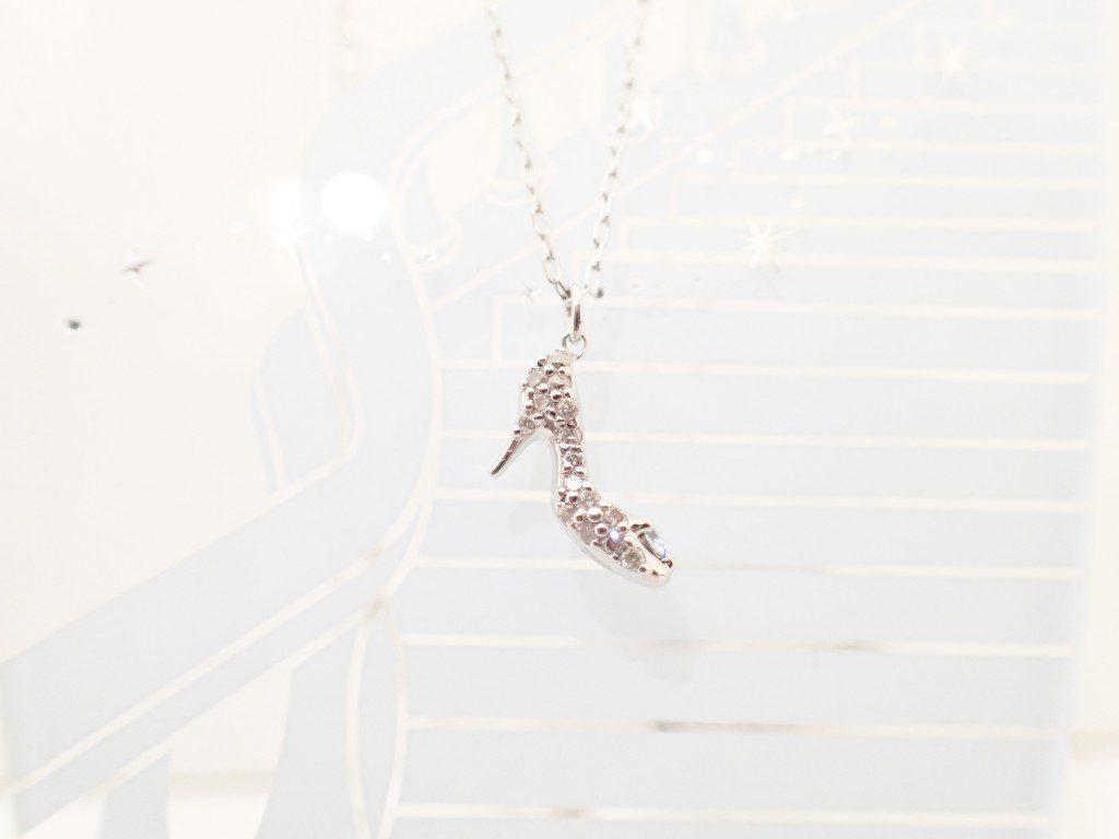 キラキラ輝くシンデレラコレクション☆ガラスの靴ネックレス