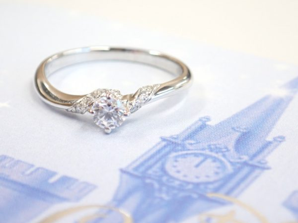 ディズニーシンデレラブライダルリング2018年限定モデルの販売が本日最終日です! 結婚指輪 - マリッジリング ブライダル 婚約指輪 - エンゲージリング 婚約指輪&結婚指輪 - セットリング