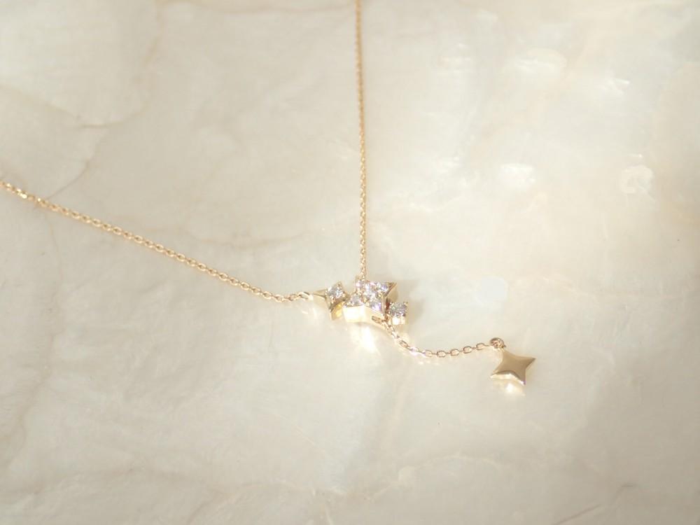 流星を想わせるK18YGダイヤモンドネックレスが入荷しました☆