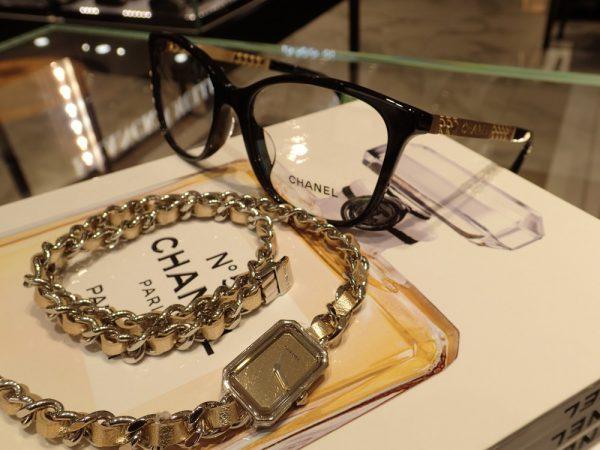 オオミヤセレクトピアスに合わせたシャネルのプルミエールと眼鏡フレームのチェーンリンクコーデ☆ ファッションジュエリー その他