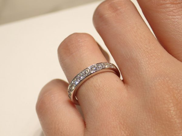 プレ花嫁に大人気!結婚指輪選びで重視するならつけ心地と耐久性 結婚指輪 - マリッジリング ブライダル 婚約指輪 - エンゲージリング
