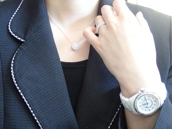 強い日差しにも負けないチャーのネックレスとリングのキラキラコーデ☆ ファッションジュエリー チャー その他