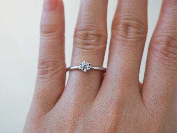 フラージャコーの婚約指輪◇着け心地の良いシンプルなリングをお探しの方に!