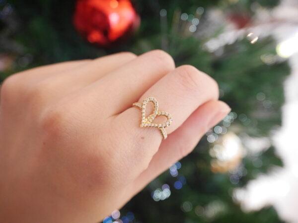 """プレゼントに♡""""朱い糸""""を意味するアーカーのフィルージュハートリング ファッションジュエリー アーカー"""