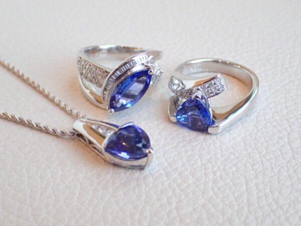 ブルーが綺麗な12月の誕生石、いくつあるかご存知ですか?