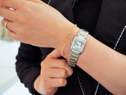 """ジュエリーや時計の重ね付けには""""地金ジュエリー""""が便利!"""