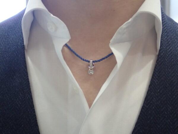 特別な方へのバレンタインギフトにフォーエバーマークのコードネックレスを贈りませんか? ファッションジュエリー フォーエバーマーク