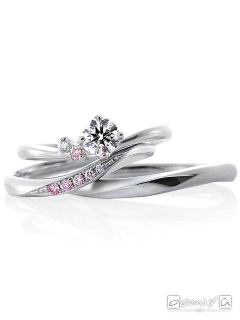カフェリング|セットリング(結婚指輪&婚約指輪) ローブドゥマリエ デュー&ローブドゥマリエ